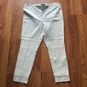 Apt. 9 Khaki Cropped Pants